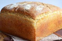 Chleb pszenno-żytni na drożdżach. Długo poszukiwałam chleba, który mimo że przygotowany na drożdżach – ma odpowiedni smak, konsystencję, a przede wszystkim długo zachowuje świeżość, nie krusząc się. W końcu metodą prób i błędów opracowałam poniższy przepis, który spełnia moje oczekiwania :). Jego przygotowanie nie jest trudne, choć chleb wymaga przygotowania zaczynu i kilkukrotnego składnia ciasta […] Amish White Bread, Good Food, Yummy Food, Bread Machine Recipes, Polish Recipes, Bread Rolls, Holiday Desserts, Sweet Bread, Mini Cakes