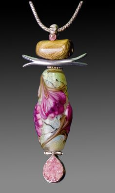 Art jewelry designs by Kristen Frantzen Orr include flameworked glass, lampwork glass beads, forged and fabricated metals, and mixed media. Glass Jewelry, Pendant Jewelry, Jewelry Art, Beaded Jewelry, Jewelry Design, Jewellery, Clay Beads, Lampwork Beads, Beaded Flowers