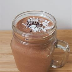 A simple 'I can't believe it's healthy' dessert smoothie. Mesquite Powder, Chocolate Caramel Slice, Cacao Beans, Cacao Nibs, Cacao Powder, Shredded Coconut, Smoothies, Breakfast Recipes, Clean Eating