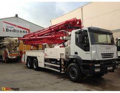 JUNJIN concrete pump 37 M IVECO Trakker 350