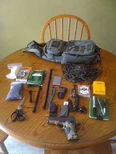 Excellent EDC gear carried in a Maxpedition Sitka.