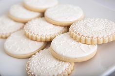 Shauna K's Bridal/Wedding Shower / Lace and Pearls - Photo Gallery at Catch My Party Pearl Bridal Shower, Pearl Baby Shower, Bridal Showers, Baby Showers, Basic Cookies, Lace Cookies, Yummy Cookies, Wedding Sweets, Wedding Cookies