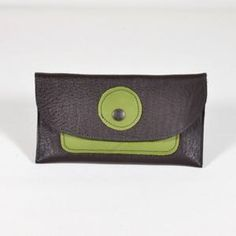 Two Cut // Produkte Continental Wallet, Label, Fashion, Challenges, Products, Fashion Styles, Fasion, Fashion Illustrations, Moda