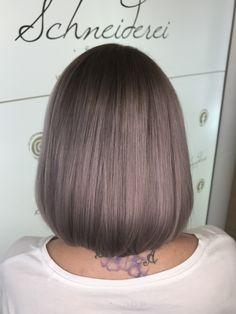Milk shake hair color/ metallic violett Trends, Milkshake, Haircuts, Hair Color, Metallic, Long Hair Styles, Beauty, Shaving Machine, Barber Salon