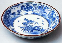 Deep Plate with Eight-Lobed Rim and Decoration of Birds, Flowers and Insects
