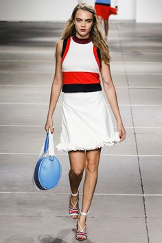 See the Topshop Unique Spring 2015 collection on Vogue.com.
