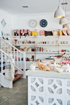 Great use if breeze blocks for a mid century look! Studio Bomba Shop & Cafe | Leederville, Australia