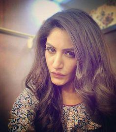 Indian Tv Actress, Indian Actresses, Photography Women, Portrait Photography, Anika Ishqbaaz, Indian Reception Outfit, Shrenu Parikh, Surbhi Chandna, Bollywood Actress Hot Photos