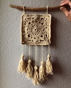 Great Cost-Free crochet Wall Hangings Style If you want to increase significance to the partitions of your house, you can attempt available some great thi. Crochet Wall Art, Crochet Wall Hangings, Crochet Diy, Crochet Crafts, Yarn Crafts, Hand Crochet, Crochet Projects, Crochet Decoration, Crochet Home Decor