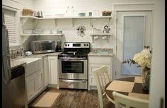 Farmhouse kitchen cottage   Mena Arkansas.   Www.stonehillcottages.com