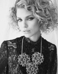 Annalynne McCord. love the curls!