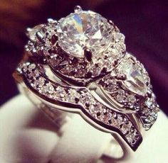 Gorgeous ring...love the size