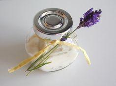 Napozás utáni krém házilag – A napfény illata Toothbrush Holder, Aloe Vera