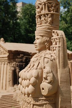 Artemis | sand sculpture at Moscow botanical garden, july '09