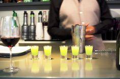 Refrescantes chupitos para un verano especial en restaurante Bal d'Onsera. Candles, Restaurants, Summer Time, Candle, Lights