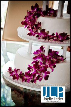 Hawaiian Cakes Kings Wedding Cake Photos Venues Luau Food Hawaii Love Manhattan Pie