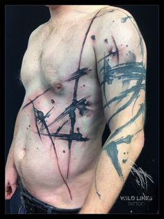 An abstract tattoo is the type of body art that every tattoo enthusiast should turn when he wants to break away from the typical or conventional genres. Boy Tattoos, Line Tattoos, Black Tattoos, Abstrakt Tattoo, Brush Tattoo, Tattoo Designs, Free Hand Tattoo, Tattoo Equipment, Original Tattoos