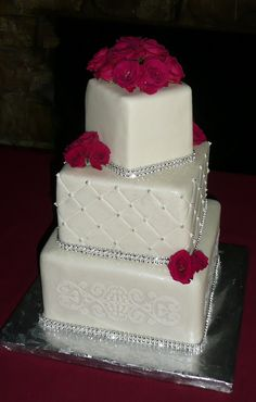 Petit Perfection Wedding Cake
