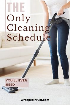 A cleaning schedule is a great way to keep your house clean. We have the best ever cleaning schedule that will help you keep track of chores to do daily, weekly, monthly and so on. Are you cleaning the way you should? For more details, keep on reading. Cleaning Blinds, Mattress Cleaning, Cleaning Walls, Bathroom Cleaning, Floor Cleaning, Kitchen Cleaning, Cleaning Checklist, Cleaning Recipes, Cleaning Schedules