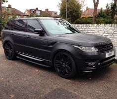 range rover posts - Pictures Of Luxury