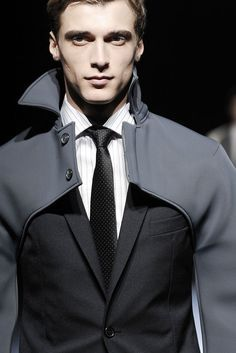 Interesting-I'm thinking more high fashion Mode Masculine, Sharp Dressed Man, Well Dressed, Man Look, Fashion Details, Fashion Design, Fashion Trends, Insta Look, Future Fashion