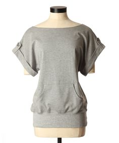 One of my favourite shirts! Casual Chic, Kangaroo, Autumn Winter Fashion, Casual Outfits, Style Inspiration, Pocket, Sweatshirts, My Style, Fall