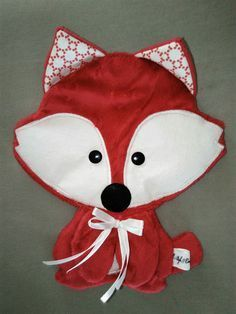 Made in Breizh : Jeux, peluches, doudous par bb-bzh-couture-byaureline Toddler Gifts, Baby Gifts, Sewing Crafts, Sewing Projects, Halloween Quilts, Baby Couture, Baby Kind, Sewing For Kids, Softies