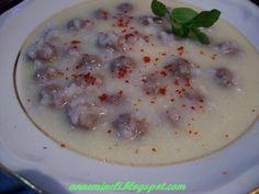 Malzemeler:    * 350 gr. orta yağlı dana kıyması   * 1 çay bardağı pirinç   * 1 yumurta   * 1 kaşık tereyağ   * Karabiber   * Tuz    T...