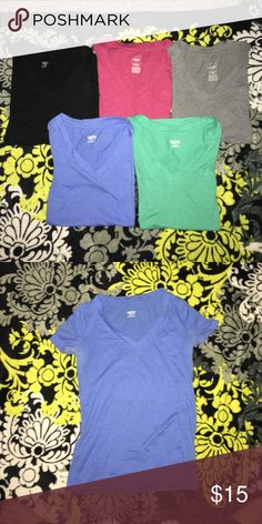 Basic V-Neck Tee Bundle 5 basic v-neck tees with tiny breast pocket detail. Willing to break down into smaller bundles ($4 each if that's done). All identical styles, brand, size etc. Bought at Target where they now are 3 for $24 as of yesterday when I was there. Mossimo Supply Co Tops Tees - Short Sleeve