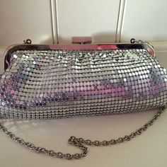 Final Price Drop ✨prom✨sparkly silver clutch purse A beautiful silver clutch purse. Only used once. Perfect for prom or any formal style events. It's about 8.5 inches long and 4.5 inches width - (deep) 🚫No Trades🚫 Bags Clutches & Wristlets