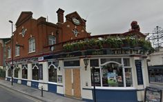 The Red Lion & Pineapple, Acton, London
