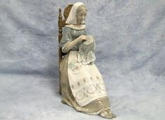 "Vintage Lladro 11"" Figurine #4865 Embroiderer Retired 1974-1994"