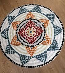 Image associée Mosaic Pots, Mosaic Tiles, Home Crafts, Diy And Crafts, Arts And Crafts, Mosaic Projects, Mosaic Designs, Christmas Tree, Rugs