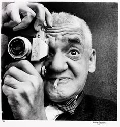 La beauté de Pandore •   Photographer Weegee (aka Arthur Fellig) by...