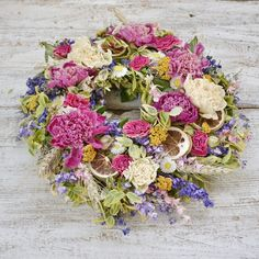 Dried flowers wreath Dried Flowers, Floral Wreath, Wreaths, Summer, Home Decor, Dry Flowers, Homemade Home Decor, Flower Preservation, Summer Time