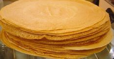 Ζύμη κρέπας σαν κι αυτή που παραγγέλνεις! Μάθε το μυστικό συστατικό -idiva.gr Greek Sweets, Greek Desserts, Greek Recipes, Desert Recipes, Fun Desserts, Sweets Recipes, Brunch Recipes, Breakfast Recipes, Cooking Recipes