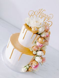18th Birthday Cake For Girls, 14th Birthday Cakes, Birthday Cake With Flowers, Beautiful Birthday Cakes, Edible Flowers Cake, Cake Lettering, Creative Cake Decorating, Sweet 16 Cakes, Best Cake Recipes