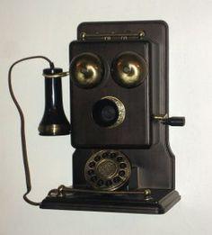 vieux telephone  B933afb575f361fb5e7e6f16631b4f08