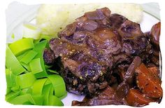 Braised oxtail – South African food adventure, South Africa food – Food I Ex… Braised oxtail – South African food adventure, South Africa food – Food I Ex… – Oxtail Recipes – South African Dishes, South African Recipes, Braised Oxtail, Oxtail Recipes, Nigerian Food, Exotic Food, Wonderful Recipe, International Recipes, Tasty Dishes