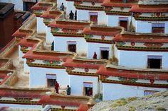 Kumbum chorten at Gyantse, Tibet by reurinkjan, via Flickr