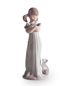 Lladro Collectible Figurine, Don't Forget Me