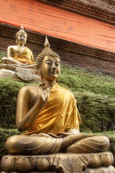 2013-11-20 Thailand Day 13, Wat Lok Moli, Chiangmai | Flickr - Photo Sharing!
