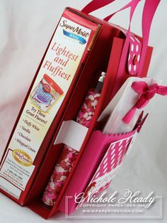 """Cupcake """"kit"""" - oh my cuteness! I'd love to make this for the next time we need a little girls birthday gift!"""