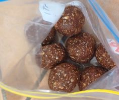 Chocolate peanut butter chia goodie balls (recipe credit- cleaneatingsurvivalguide). Makes 10. -3 tbs peanut butter -60 g oats -2.5 scoops protein powder -50 ml almond milk -1 tbs chia seeds. Mix all ingredients together in blender or food processor and roll into balls.