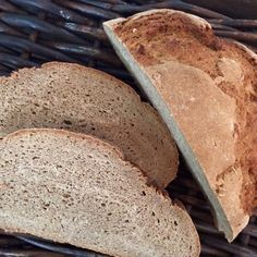 Brot/Weckerl - Backen macht GLÜCKlich - Stoibergut Bakery, Bread, Salzburg, Food, Anna, Pesto Bread, Cooking, Peasant Bread, Brot