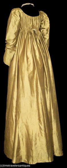 Image Hosting by Vendio  back view of dress sold on ebay...