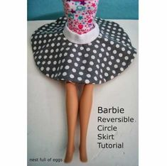 Sewing Barbie Clothes, Barbie Sewing Patterns, Sewing Dolls, Doll Clothes Patterns, Clothing Patterns, Doll Patterns, Dolls Dolls, Girl Dolls, Dress Patterns