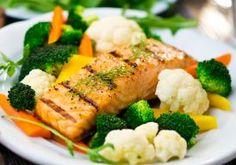 Prato de salmão com legumes