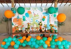 Festa fofa Mi key e Minnie por @maosquecriamfestas ❤️💛 #kikidsparty 3rd Birthday Party For Boy, 1st Birthday Cake Smash, Kids Birthday Themes, Birthday Balloons, Die Dinos Baby, Dinosaur Birthday Cakes, First Birthdays, Dinosaur Birthday Party, Birthday Party Boys