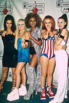 A great poster of The Spice Girls - Scary, Sporty, Baby, Ginger, and Posh! Spice up your walls with the rest of our great selection of Spice Girls posters! Need Poster Mounts. Grunge Look, Grunge Style, 90s Grunge, Soft Grunge, Grunge Outfits, Victoria Beckham, 90s Childhood, My Childhood Memories, Emma Bunton